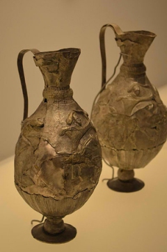 Ancient Georgian Wine Bottle - Wikimedia
