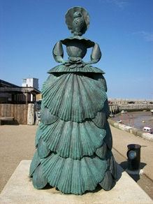"""Mrs Booth"", sculpture by Ann Carrington, Stone Pier, Margate"
